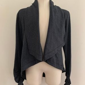 Ideology Gray Fashion Top Size S Excellent